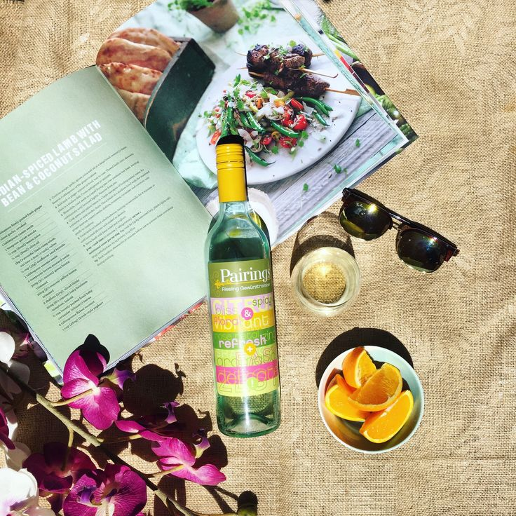 WINE WEDNESDAY There's nothing quite like flicking through the thick pages of a cookbook, while sipping your fav afternoon wine in the sun! ☀️ Feat. wine: Pairings Riesling Gewürztraminer Get yours with free shipping: https://m.danmurphys.com.au/list/pairings-wines