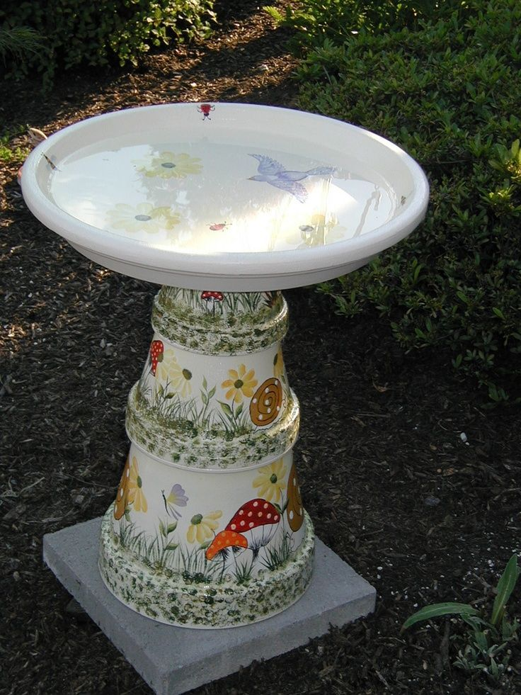 Crafts Made with Clay Pots | clay pot bird baths | Bird bath made of clay pots and hand painted ...