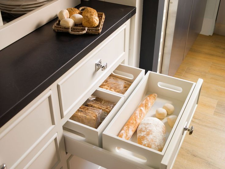 bread drawer: Breads Boxes, Kitchens Drawers, Organizations Kitchens, Design Kitchens, Modern Kitchens, Modern Home, Kitchens Storage, Breads Drawers, Modern White Kitchens