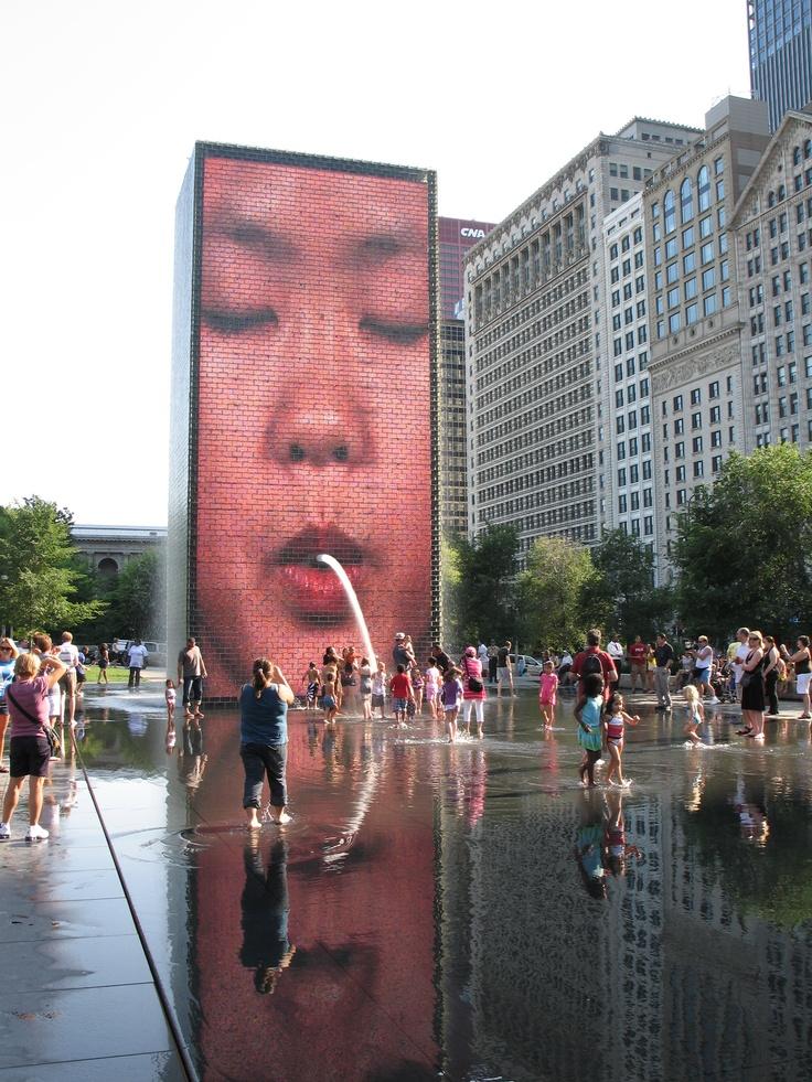 Chicago, Millenium Park Fountain Faces!!