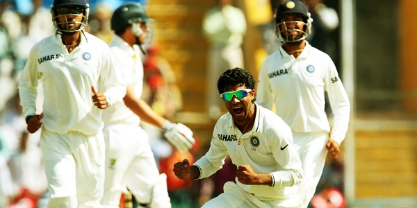 India Beat Australia by 6 wickets & wont the series with lead 3-0 in 4 test match series..