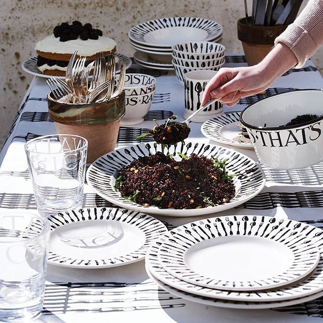 Knives & Forks is our star new pattern this autumn. I've always used old Sheffield plate cutlery – those shapes feel incredibly significant, as important as any teapot or mug. In our design, they encircle plates, platters and bowls in smart monochrome. I'm really looking forward to using it at home. @emma_bridgewater #CountryLivingTakeover #emmabridgewater #monochrome #pottery