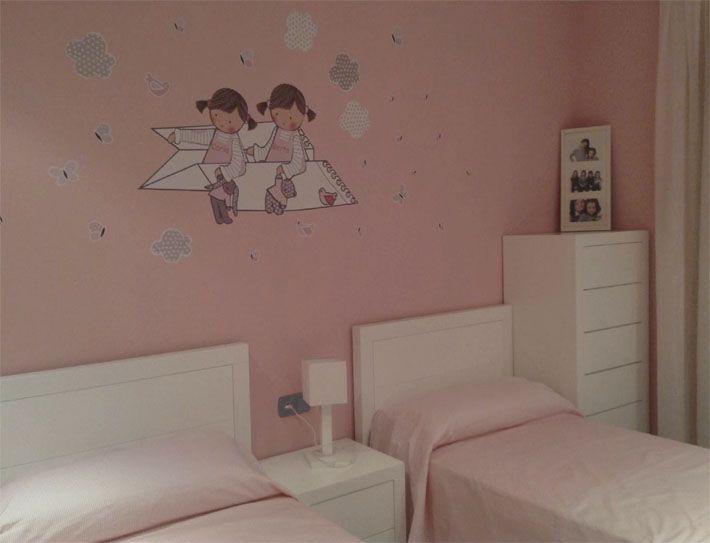 Habitaci n infantil con vinilo de stencil barcelona for Vinilo habitacion infantil