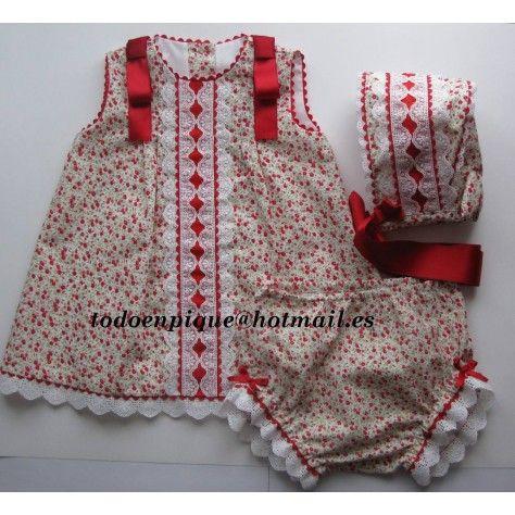 t. 12 meses Vestido, cubrepañal y capota flores rojas