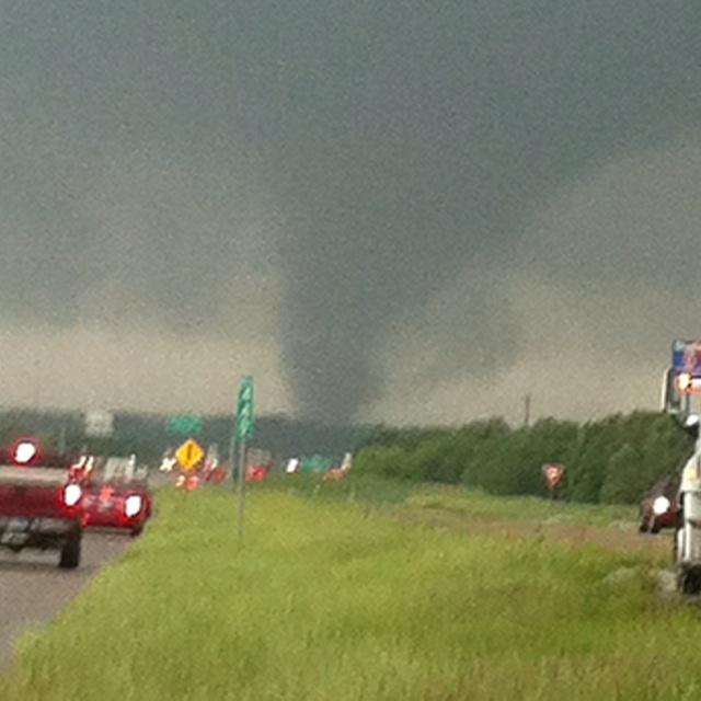 Tornado in Arlington, TX 4-12