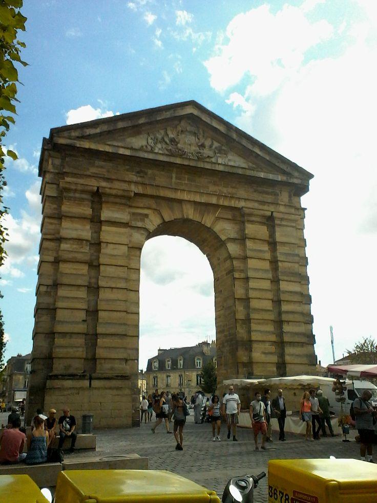 Place de la Victoire à Bordeaux, Aquitaine