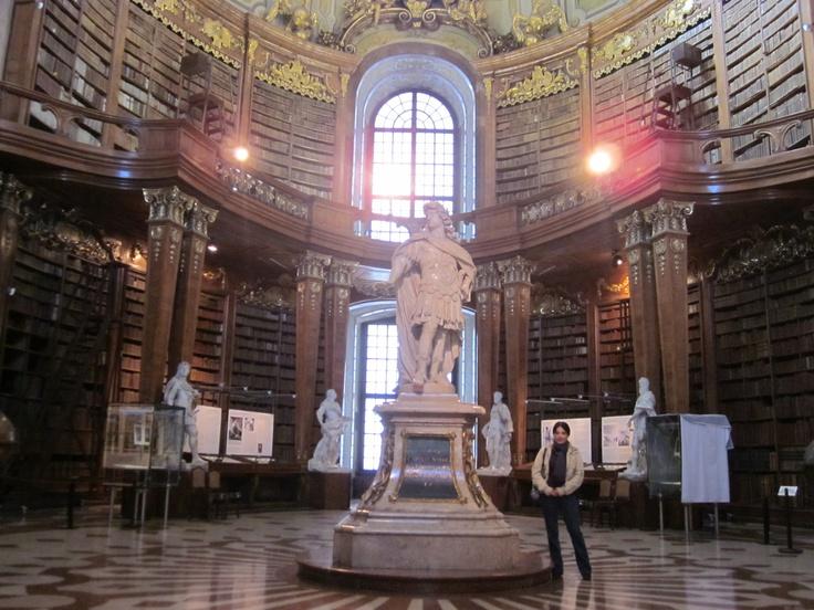 La Biblioteca Nacional de Austria, una verdadera joya.