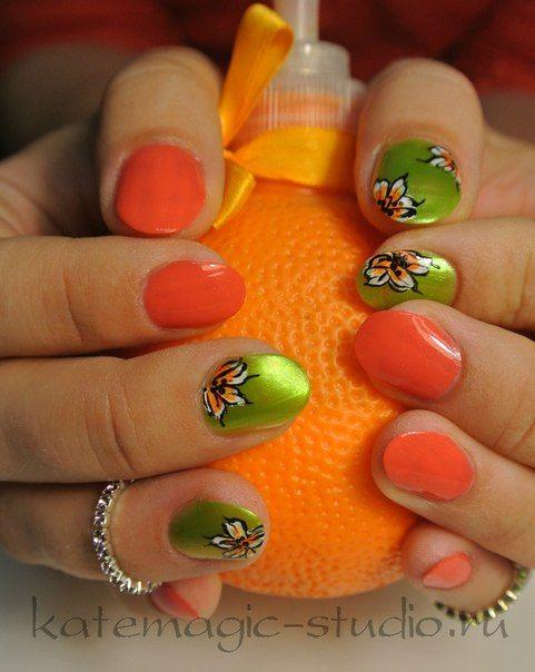 Идея маникюра, классический маникюр, рисунок на ногтях, короткие ногти, дизайн ногтей, нейл-арт, Vinylux, креативный маникюр, креатив, цветы, оранжевый лак, зеленый лак, бижутерия. Студия KateMagic. Москва, м. Борисово.  Телефон для записи: (495) 340 01 00  http://vk.com/katemagicstudio