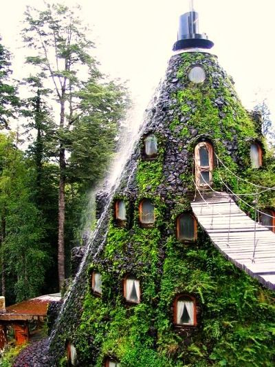 Montaña Mágica Lodge, Huilo Huilo, Chile.