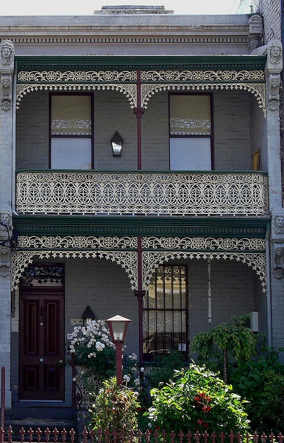 1000 ideas about victorian terrace house on pinterest for Building a victorian house