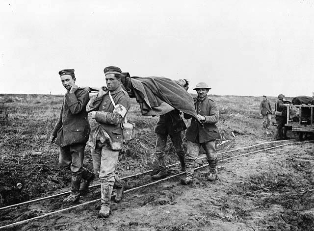 Maui, Qiana (Sec 1):The Battle of Vimy Ridge began at dawn on Easter Monday, April 9, 1917, these Soldiers are carrying their fellow injured soldier after an attack on Vimy Ridge.