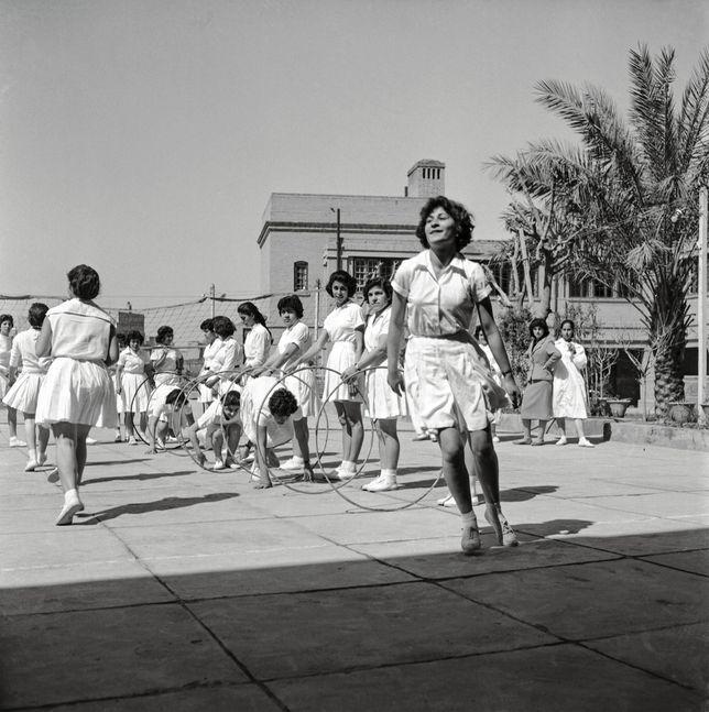 مدرسة العقيدة الثانوية، بغداد، ١٩٦١; Girls College, 1961, Baghdad.