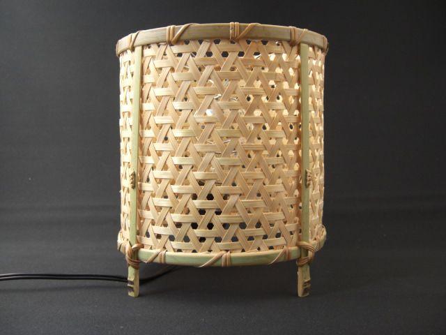 竹細工:鉄線編み筒型行燈(消灯)