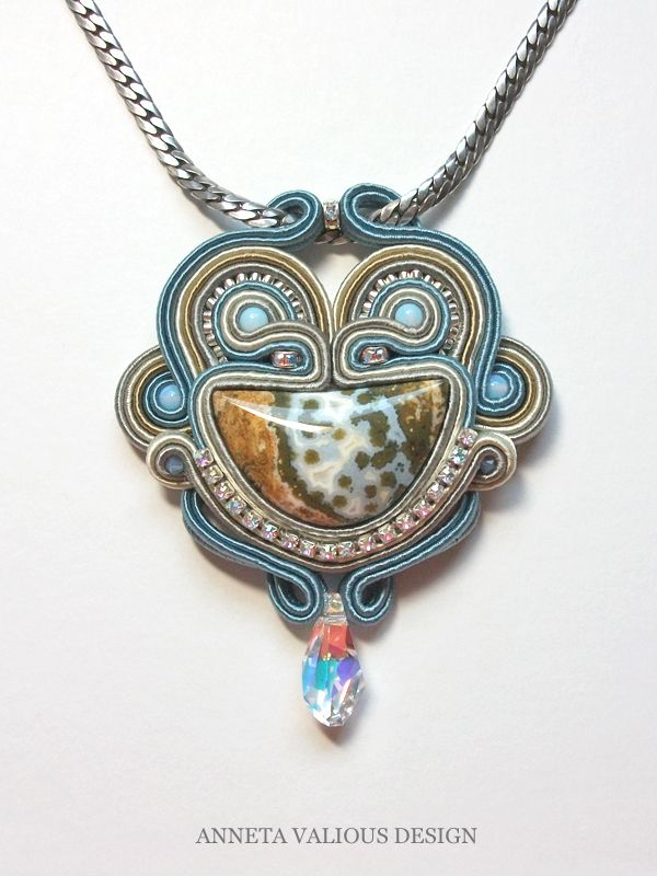 Bleu - Anneta Valious design