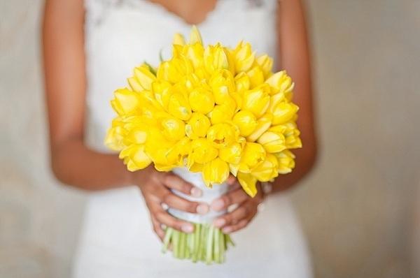 yellow tulips wedding bouquet