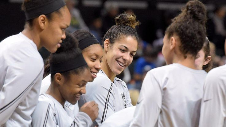 UConn women's beat reporter Paul Doyle called in from Los Angeles to join columnist Jeff Jacobs and online producer Chris Brodeur on the UConn Insider podcast. The guys discuss the Huskies' dominance on the West Coast, Katie Lou Samuelson's injury and the upcoming schedule.