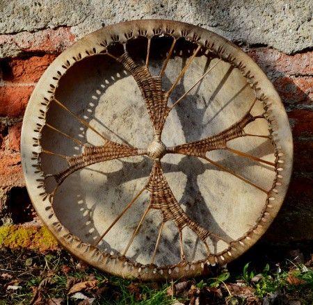 Buben 090118 :: Šamanské a stolové bubny