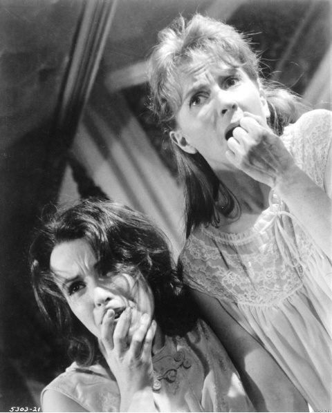 """Claire Bloom and Julie Harris in """"The Haunting"""" (1963)"""