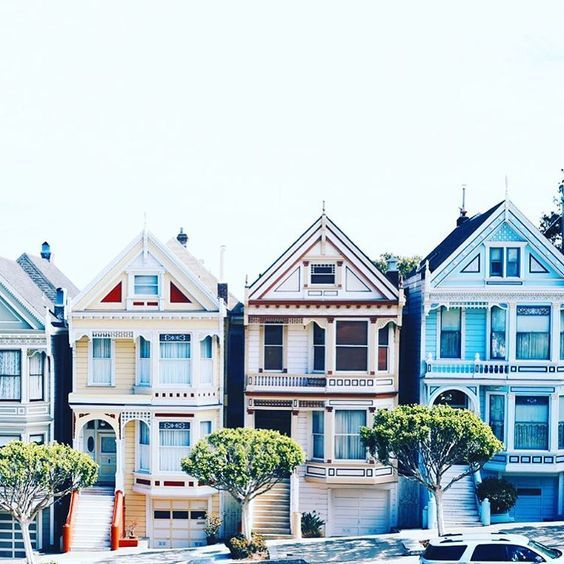 Love the Painted Ladies of Alamo Square!