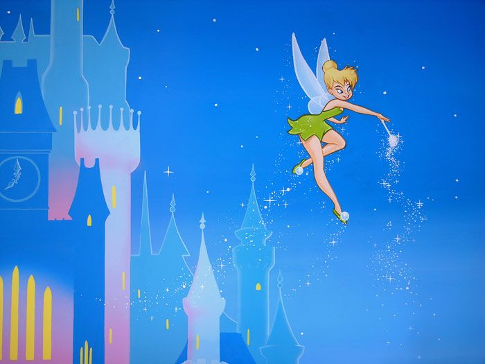 Tinker bell flying pose the toothy fairy princess for Disney tinkerbell mural
