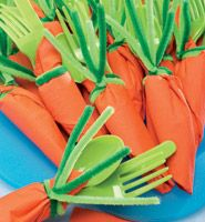 Carrot Napkins - Green utensils & orange napkins! How adorable!