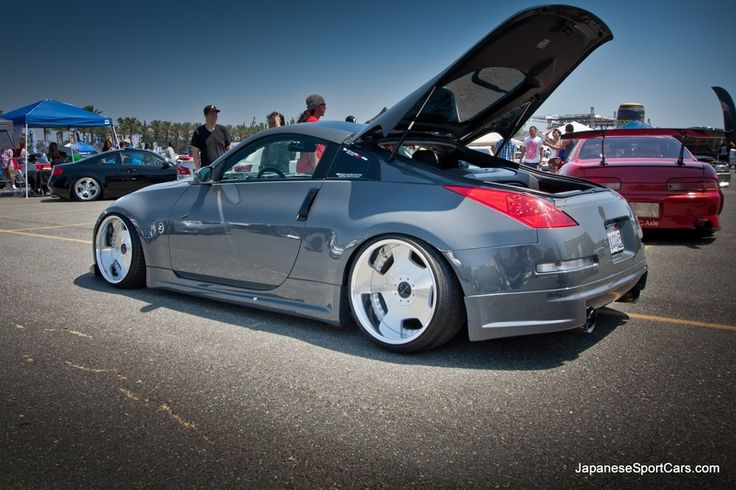 Royal Flush 2007 Nissan 350Z with Work Euroline Wheels