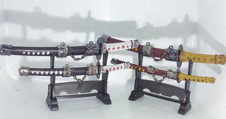2 Tagliacarte Samurai Giapponese Da Tavolo Con Supporto Japanese Samurai
