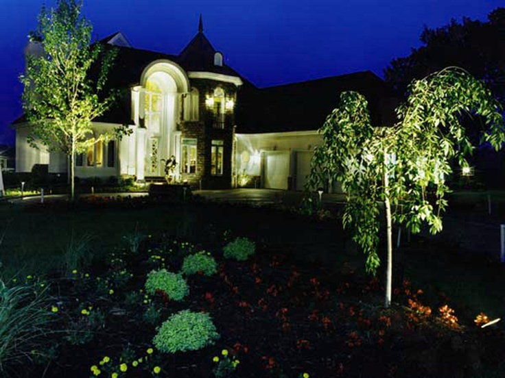 Home ideas simple landscape lighting ideas to freshen up your garden home design landscape