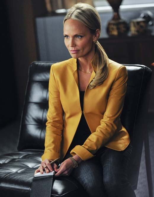 """Kristin Chenoweth, who had signed on to guest star on """"The Good Wife"""" Season 4 as a political reporter digging into the Florricks' lives, has had to cut her guest-starring arc short after her on-set injury a month ago."""