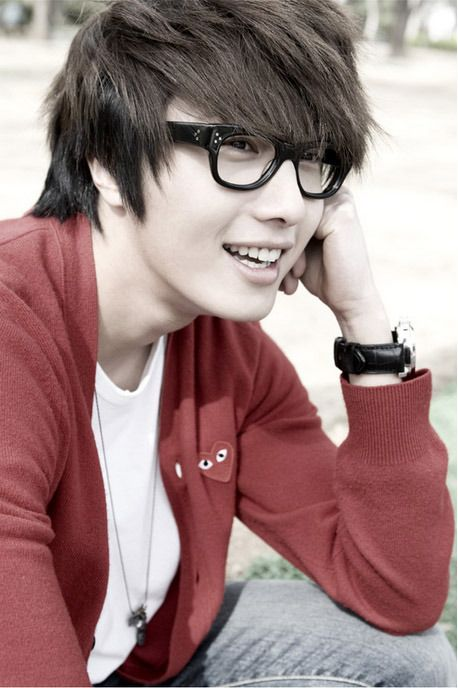 Jung Il Woo in #glasses