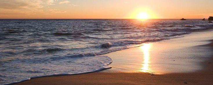 La zona de playa Rio Mar Panama se sitúa en la ciudad de San Carlos (Panamá), justo después de la conocida playa de El Palmar, a una hora de Ciudad de Panamá. Rio Mar Panama consta de dos playas con fondos de arena, ideales para el surf: Frente Rio Mar, ...