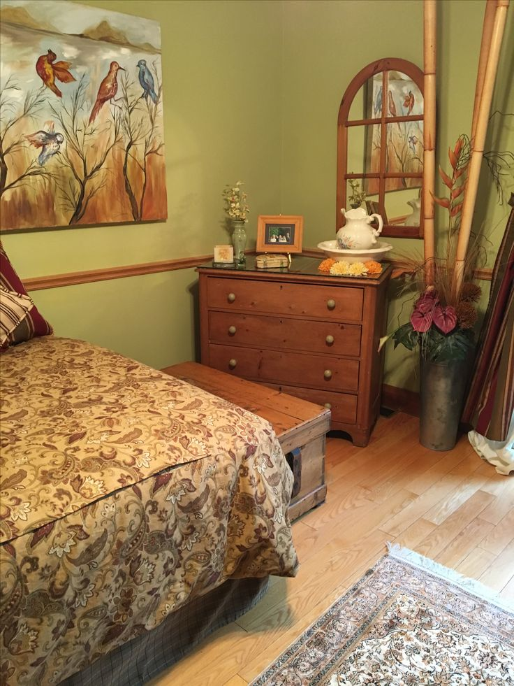 Another angle of guest room.