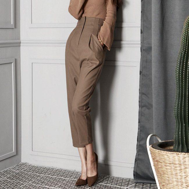 High-waist 9 Part Pants
