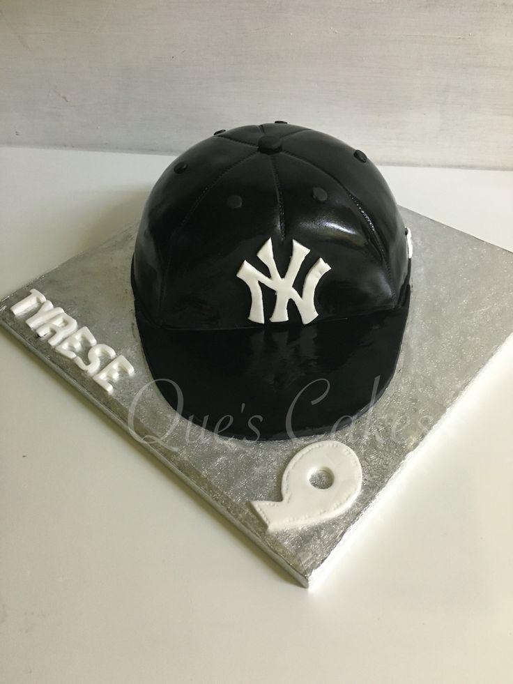 Baseball hat cake . NY hat cake