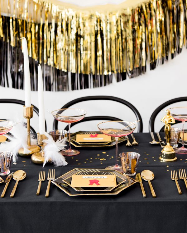 Oscars Watch Party: Gilded Dinner