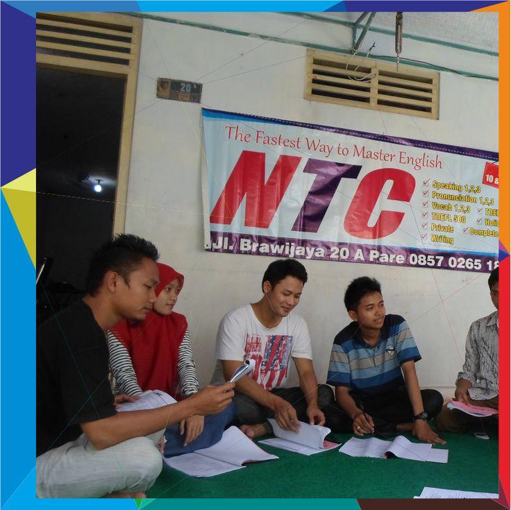 Study Club dilakukan oleh siswa NTC untuk berdiskusi mengenai materi bahasa Inggris yang telah diajarkan di dalam kelas. Biasanya didampingin oleh seorang pengajar.