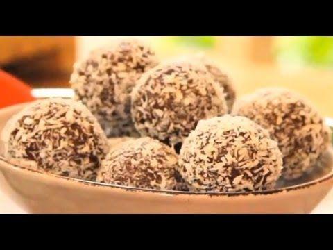 Chewy Almond Truffles | Lola Berry