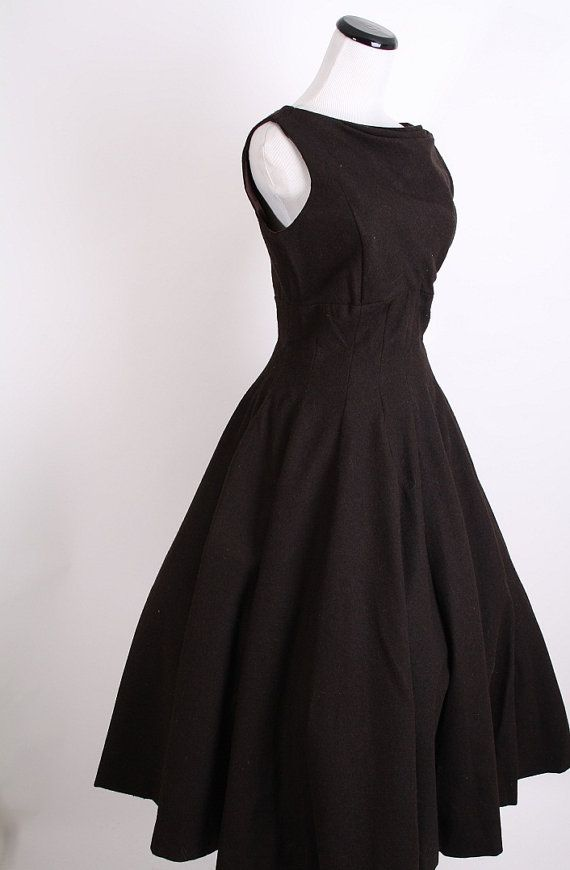 Mad Men style party dress :)