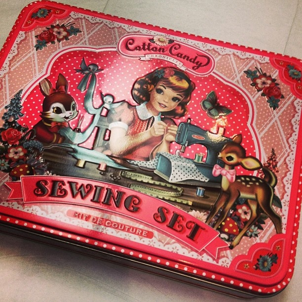 Cotton Candy Sewing Set <3