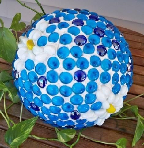diy garden decor   diy garden gazing ball easy to make sustainable living world image by ...
