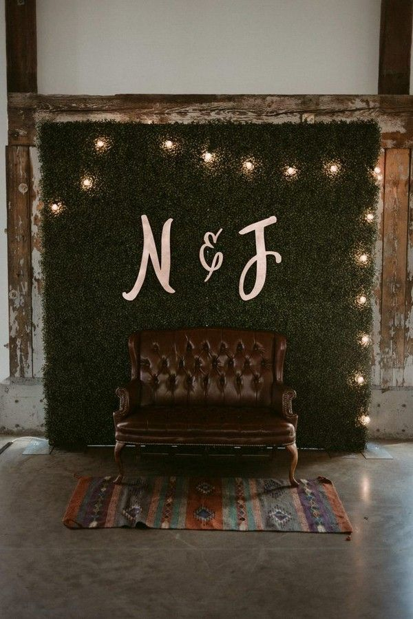 20 Awesome Wedding Photo Booth Ideas for Wedding Photographers