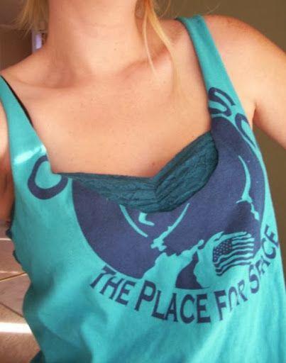 9 ideias que você vai amar e fazer: camisetas customizadas para o verão. A época mais quente do ano pede uma customização bem fresquinha para aguentar o calor