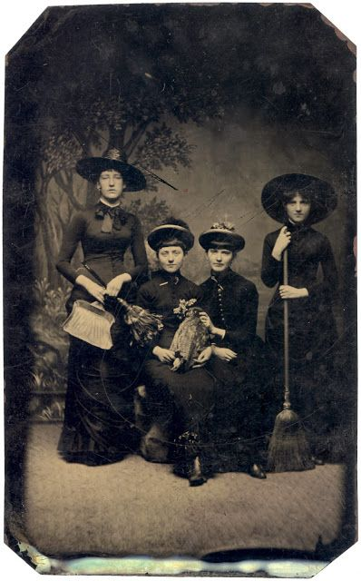 vintage everyday: Old Photos of Women in Witch Costumes, circa 1800s
