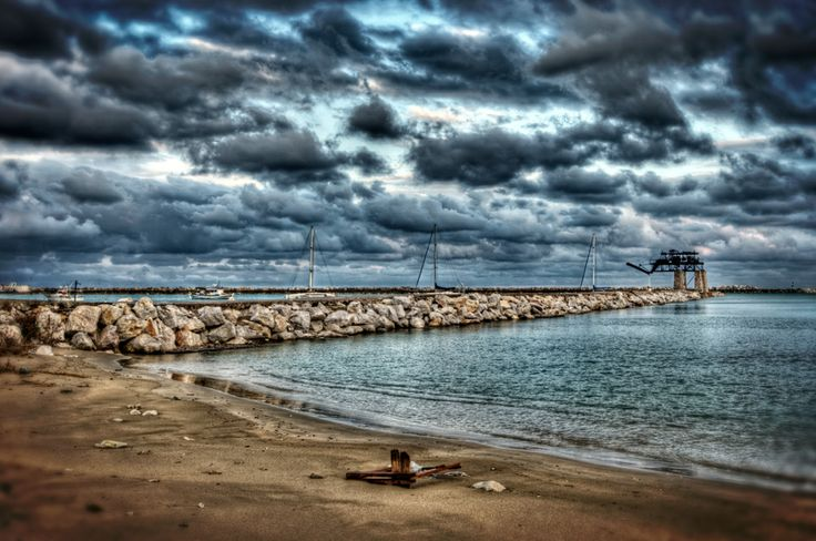 Cloudy scenery at #Kymi #Evia #Greece