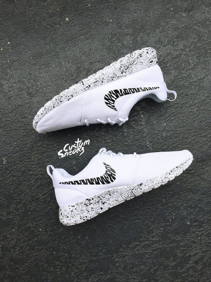 100% authentic 899ab cd260 custom roshe oreo design, womens Nike Custom Roshes, Oreo, black and white