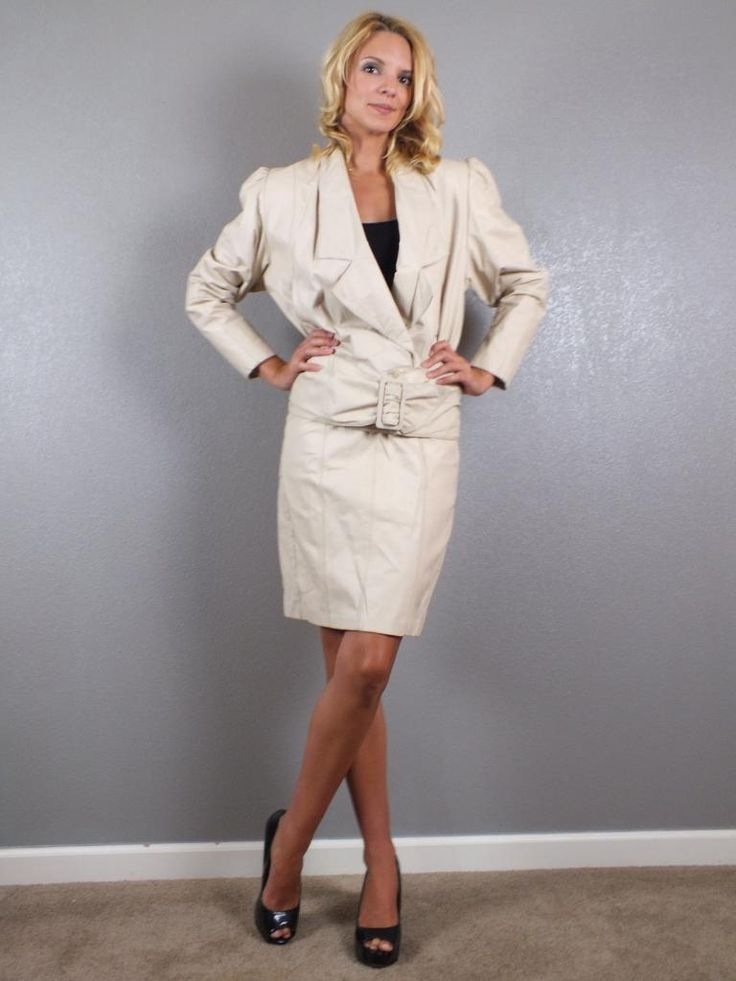 Custom design womens tailored suits. Australian wool, form-fitting and complimentary alterations. Visit Joe Button or give us a call on 02