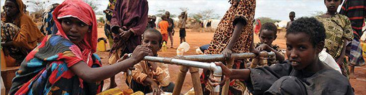 Su Kuyusu  AFRİKADA SUYA ULAŞMANIN EN KOLAY YOLU SU KUYULARI  Afrika'nın üstünde susuzluk yaşanırken, kıtanın altında zengin yeraltı su kaynakları bulunuyor. Kıtanın susuzlukla boğuşan ülkelerinde bile yerin sadece 30 metre altında su bulunabiliyor, ancak yoksulluk yüzünden su yeryüzüne çıkartılamıyor. Afrika'ya yardım götürmeye devam eden VUSLAT DERNEĞİ... http://vuslat.org.tr/sayfa.asp?kid=450