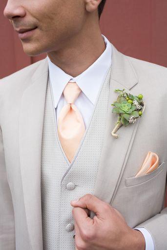 Tan Allure suit with peach tie and pocket square.  Full Gallery: https://www.friartux.com/index.php?route=blog/blog/post&id=4709#.U_-rRcVdUSY