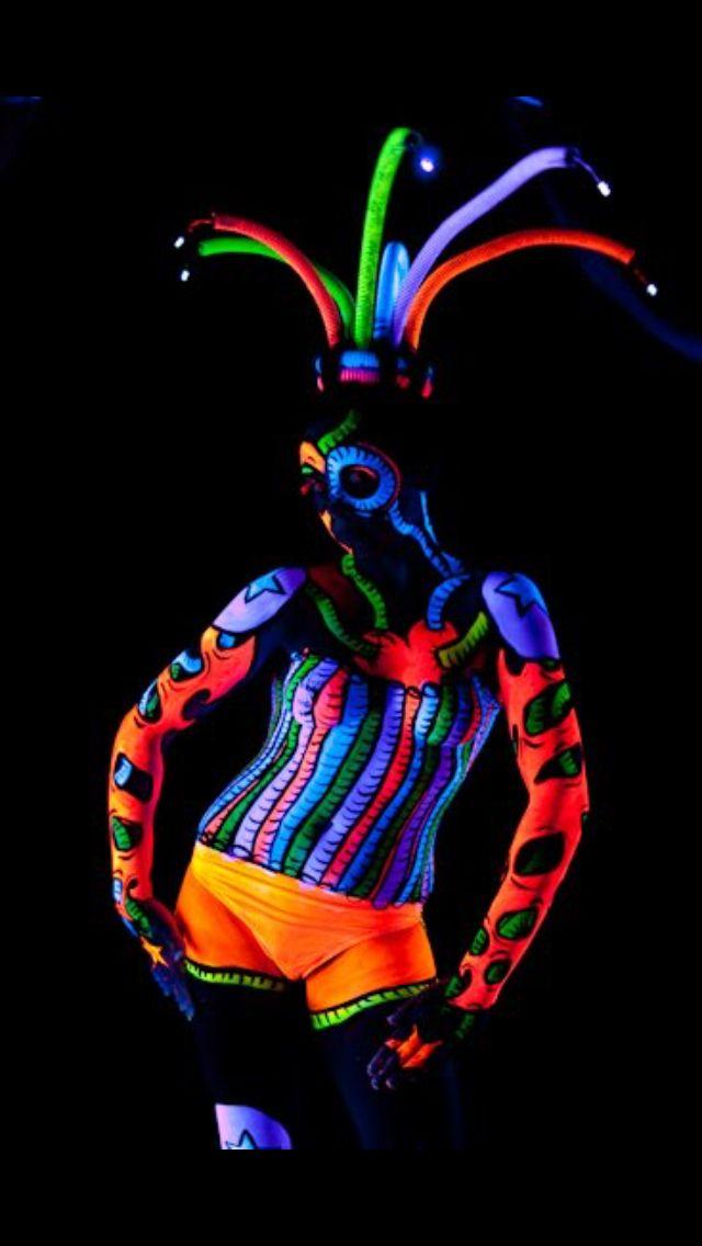 UV Bodyart ABAA2ndplace DaylesfordVic MissG x
