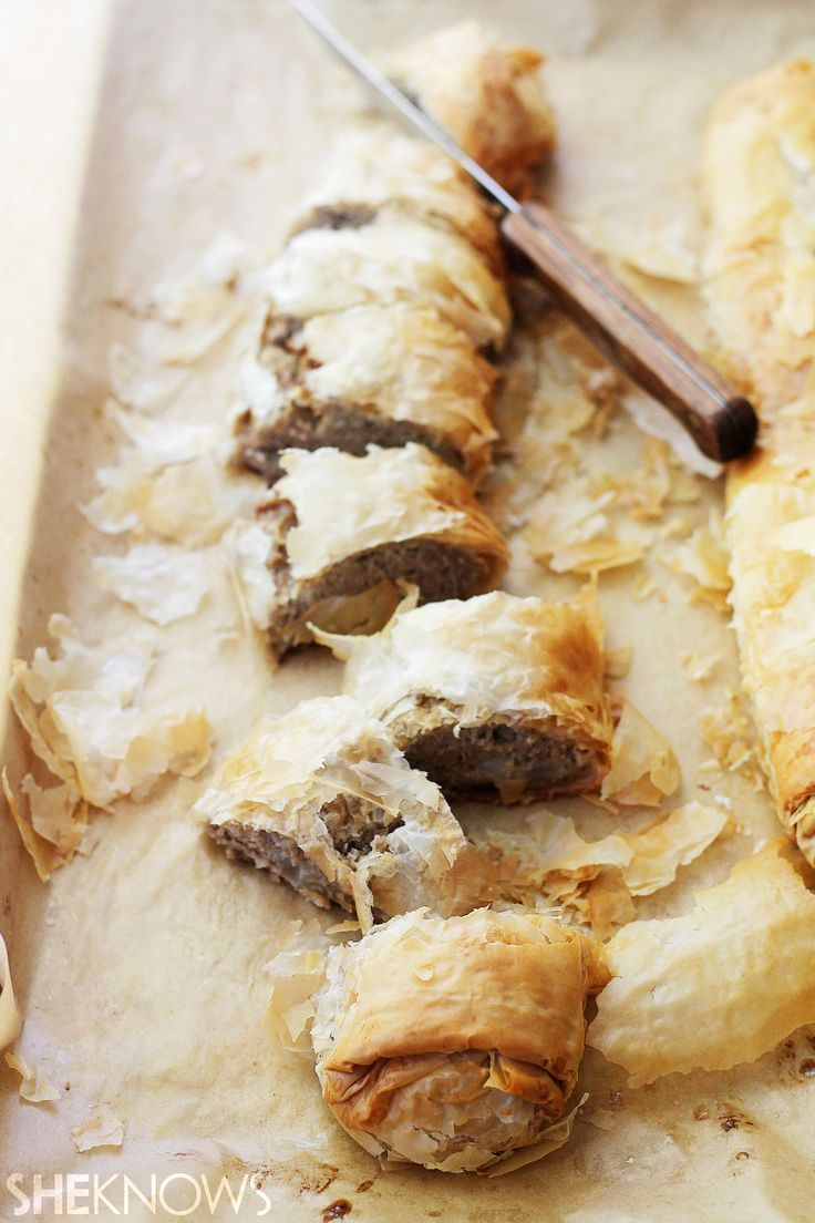 Comfort food is a staple for anyone wanting hearty meals and a little taste of home. This turkey meatloaf Wellington, wrapped in layers of buttery and flaky phyllo dough sheets, delivers on that comfort-food taste.